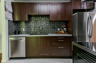 """Photo 4: 304 10626 151A Street in Surrey: Guildford Condo for sale in """"Lincoln's Hill"""" (North Surrey)  : MLS®# R2568099"""