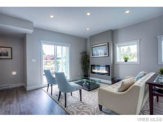 Photo 4: 118 2737 Jacklin Rd in VICTORIA: La Langford Proper Row/Townhouse for sale (Langford)  : MLS®# 746351