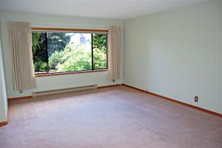 Photo 3: 4023 Travis Pl in Victoria: Residential for sale : MLS®# 283271