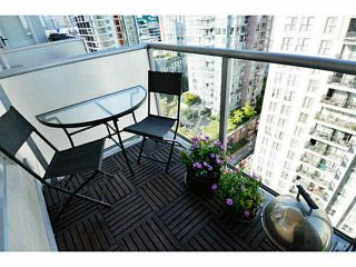 """Photo 12: 1903 1001 RICHARDS Street in Vancouver: Downtown VW Condo for sale in """"MIRO"""" (Vancouver West)  : MLS®# V1079100"""