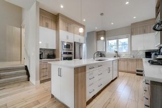 Photo 6: 2620 15A Street SW in Calgary: Bankview Semi Detached for sale : MLS®# A1070498