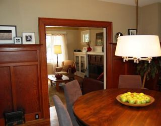 """Photo 3: 556 W 17TH Avenue in Vancouver: Cambie House for sale in """"DOUGLAS PARK"""" (Vancouver West)  : MLS®# V793976"""