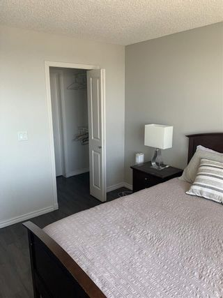 Photo 11: 1801 10303 105 Street NW in Edmonton: Zone 12 Condo for sale : MLS®# E4233635