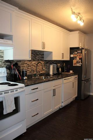 Photo 7: 106 306 Perkins Street in Estevan: Hillcrest RB Residential for sale : MLS®# SK831910