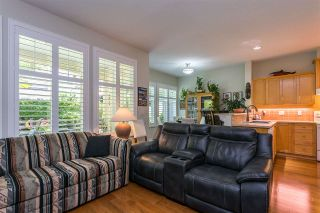 """Photo 11: 122 15500 ROSEMARY HEIGHTS Crescent in Surrey: Morgan Creek Townhouse for sale in """"THE CARRINGTON"""" (South Surrey White Rock)  : MLS®# R2493967"""