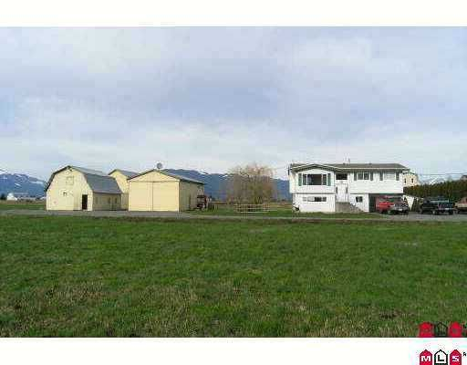 Photo 1: Photos: 49885 PRAIRIE CENTRAL Road in Chilliwack: East Chilliwack House for sale : MLS®# H2600476