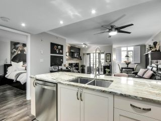 """Photo 12: 201 2665 W BROADWAY in Vancouver: Kitsilano Condo for sale in """"MAGUIRE BUILDING"""" (Vancouver West)  : MLS®# R2565478"""