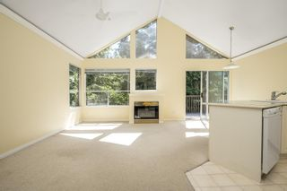 """Photo 4: 33 4055 INDIAN RIVER Drive in North Vancouver: Indian River Townhouse for sale in """"Winchester"""" : MLS®# R2594646"""