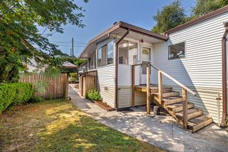 """Photo 3: 52 9950 WILSON Road in Mission: Stave Falls Manufactured Home for sale in """"Ruskin Park"""" : MLS®# R2618566"""