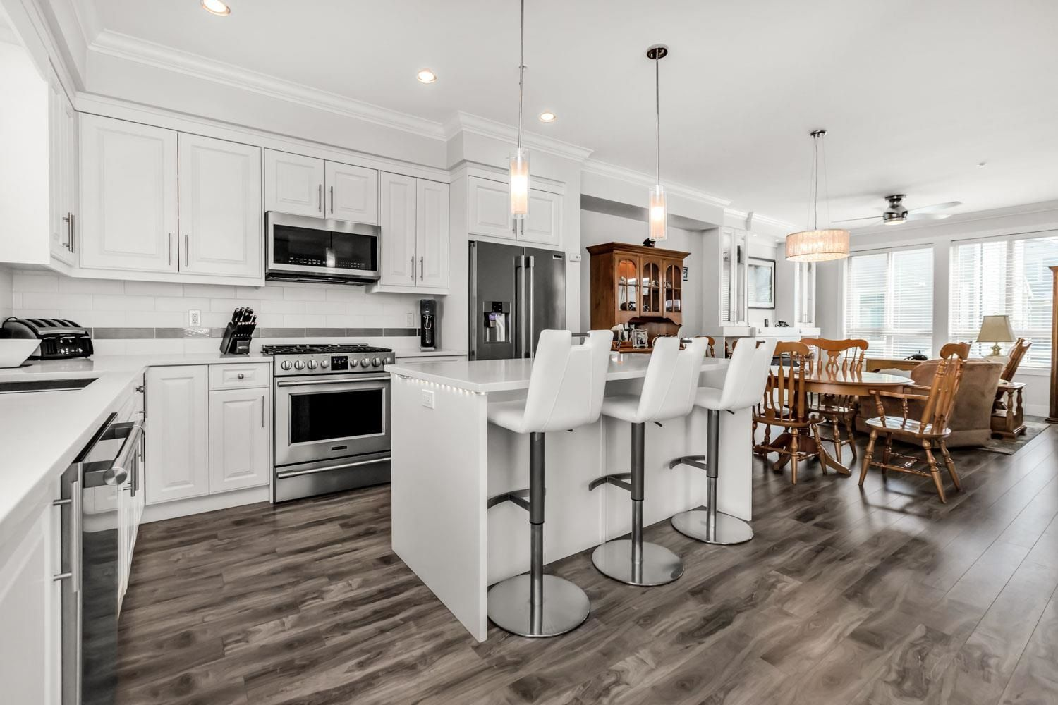 Photo 4: Photos: 98 19913 70 Avenue in Langley: Willoughby Heights Townhouse for sale : MLS®# R2606437