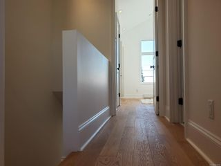 Photo 15: 18 230 Wilson St in Victoria: VW Victoria West Row/Townhouse for sale (Victoria West)  : MLS®# 863010