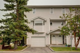 Photo 1: 101 Glenbrook Villas SW in Calgary: Glenbrook Row/Townhouse for sale : MLS®# A1141903