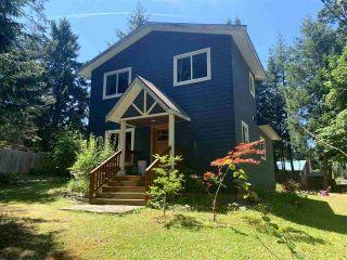Photo 1: 445 DIXON Road: Mayne Island House for sale (Islands-Van. & Gulf)  : MLS®# R2481297