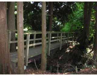 Photo 9: 2825 LOWER Road: Roberts Creek House for sale (Sunshine Coast)  : MLS®# V809100