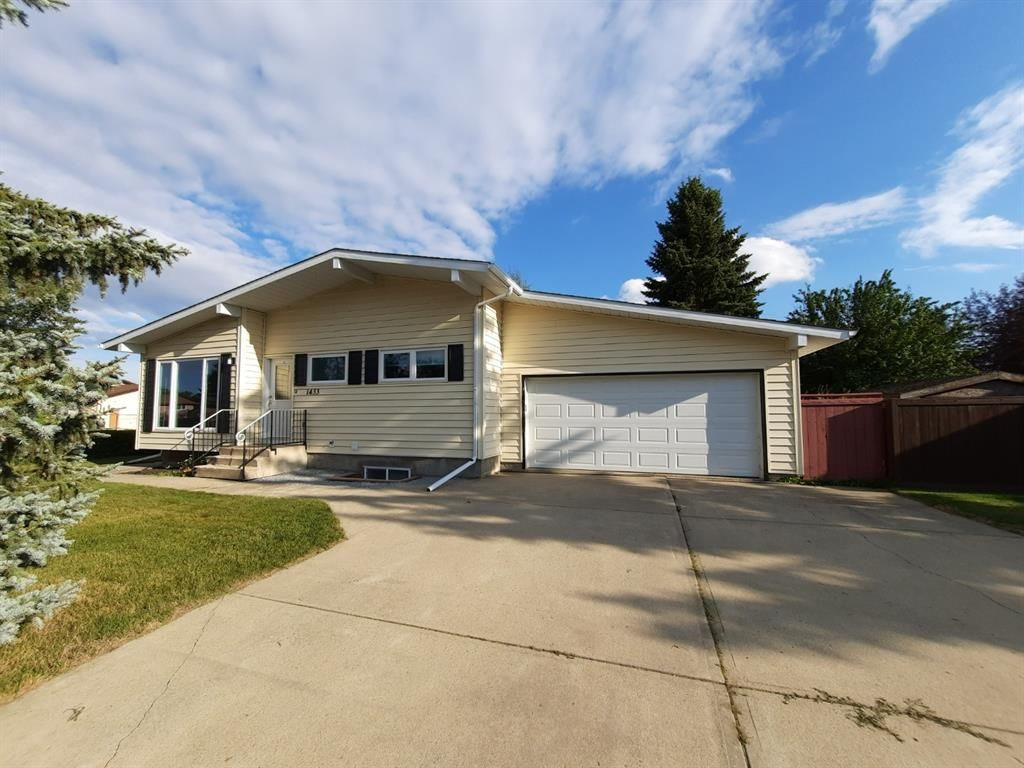 Completely renovated bungalow close to Elementary school