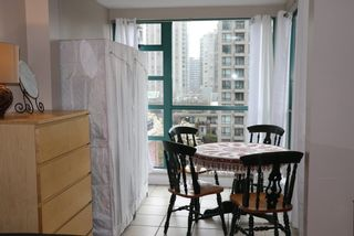 "Photo 5: 606 939 HOMER Street in Vancouver: Yaletown Condo for sale in ""PINNACLE"" (Vancouver West)  : MLS®# R2255765"