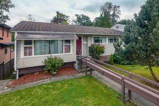 Photo 1: 3676 KALYK Avenue in Burnaby: Burnaby Hospital House for sale (Burnaby South)  : MLS®# R2404823
