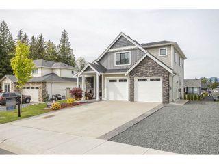 "Photo 2: 50283 KENSINGTON Drive in Chilliwack: Eastern Hillsides House for sale in ""Elk Creek Estates"" : MLS®# R2575024"