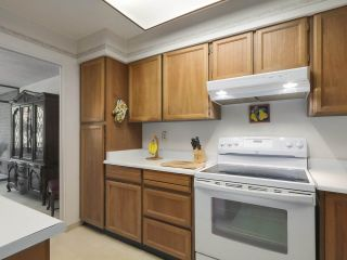 """Photo 10: 310 2101 MCMULLEN Avenue in Vancouver: Quilchena Condo for sale in """"Arbutus Village"""" (Vancouver West)  : MLS®# R2478885"""