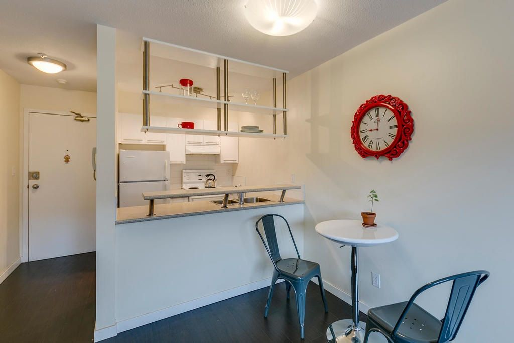 """Photo 8: Photos: 306 33 TEMPLETON Avenue in Vancouver: Hastings Condo for sale in """"North Templeton"""" (Vancouver East)  : MLS®# R2149760"""