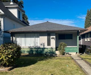 Photo 1: 2141 FRASER Avenue in Port Coquitlam: Glenwood PQ House for sale : MLS®# R2622047