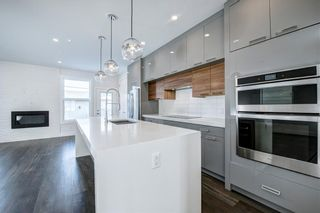 Photo 9: 7940 46 Avenue NW in Calgary: Bowness Semi Detached for sale : MLS®# C4306157