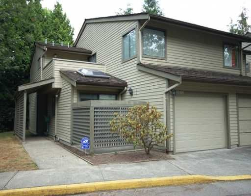 Main Photo: 5870 MAYVIEW Circle in Burnaby: Burnaby Lake Townhouse for sale (Burnaby South)  : MLS®# V780537