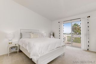 Photo 11: OCEANSIDE House for sale : 4 bedrooms : 1292 Cottonwood Drive