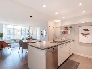 """Photo 4: 506 3281 E KENT AVENUE NORTH in Vancouver: South Marine Condo for sale in """"RHYTHM"""" (Vancouver East)  : MLS®# R2601108"""