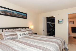 """Photo 12: 209 400 KLAHANIE Drive in Port Moody: Port Moody Centre Condo for sale in """"Tides"""" : MLS®# R2192368"""
