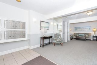 Photo 2: 423 9882 Fifth St in : Si Sidney North-East Condo for sale (Sidney)  : MLS®# 882862