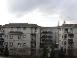 """Photo 15: 115 8139 121A Street in Surrey: Queen Mary Park Surrey Condo for sale in """"THE BIRCHES"""" : MLS®# R2478164"""