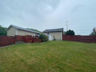 Photo 4: 5817 Highway 1 in Cambridge: 404-Kings County Residential for sale (Annapolis Valley)  : MLS®# 202116002