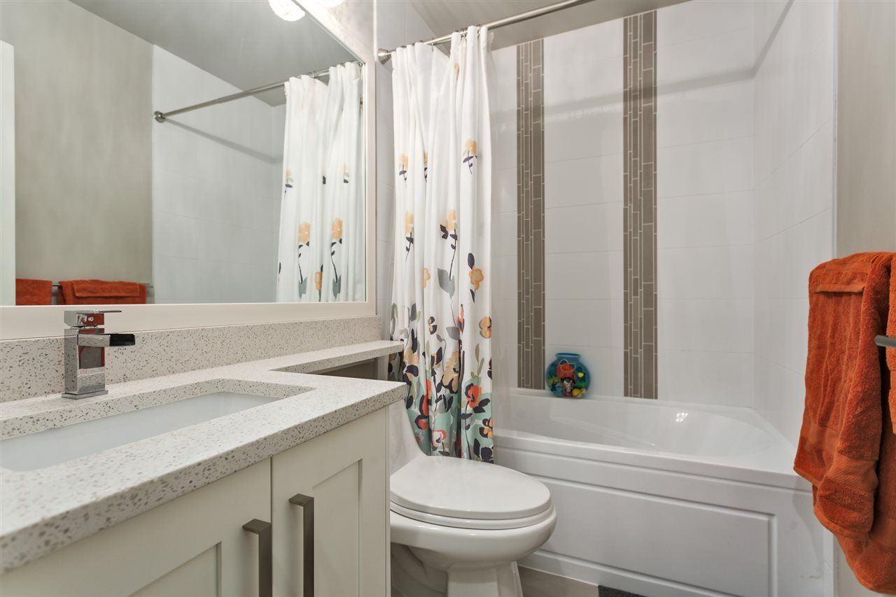 """Photo 12: Photos: 123 10151 240 Street in Maple Ridge: Albion Townhouse for sale in """"ALBION STATION"""" : MLS®# R2124549"""