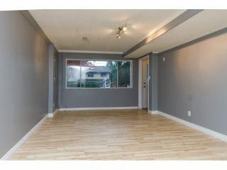 Photo 13: 34662 IMMEL Street in Abbotsford: Abbotsford East 1/2 Duplex for sale : MLS®# F1426114