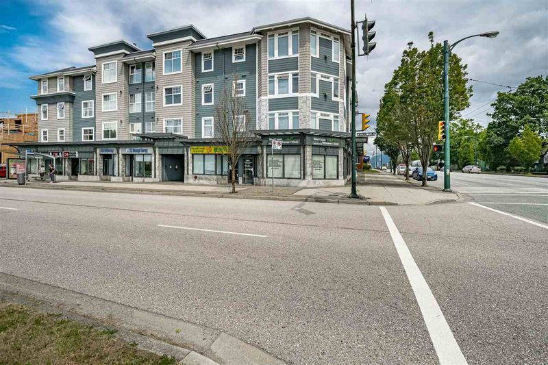 FEATURED LISTING: 205 - 1011 KING EDWARD Avenue West Vancouver