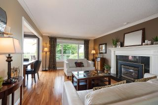 """Photo 3: 7421 CRAWFORD Drive in Delta: Nordel House for sale in """"ROYAL YORK"""" (N. Delta)  : MLS®# R2600663"""
