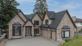 """Photo 1: 817 COTTONWOOD Avenue in Coquitlam: Coquitlam West House for sale in """"Central Coquitlam"""" : MLS®# R2593554"""