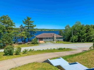 Photo 7: 2346 Highway 331 in Pleasantville: 405-Lunenburg County Residential for sale (South Shore)  : MLS®# 202114978