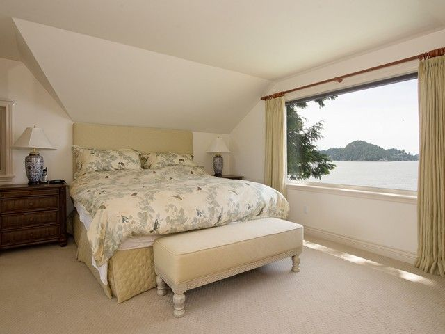 "Photo 16: Photos: 8015 PASCO Road in West Vancouver: Howe Sound House for sale in ""PASCO ESTATES"" : MLS®# V1099779"