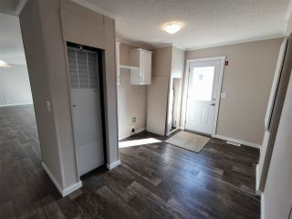Photo 9: 10464 98 Street: Taylor Manufactured Home for sale (Fort St. John (Zone 60))  : MLS®# R2499625
