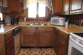 Photo 4: 6619 HORSE LAKE ROAD: Horse Lake Residential Detached for sale (100 Mile House (Zone 10))  : MLS®# R2395609