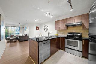 "Photo 4: 319 1633 MACKAY Avenue in North Vancouver: Pemberton NV Condo for sale in ""TOUCHSTONE"" : MLS®# R2624916"