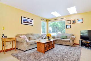 Photo 2: 9416 205B Street in Langley: Walnut Grove House for sale : MLS®# R2391481