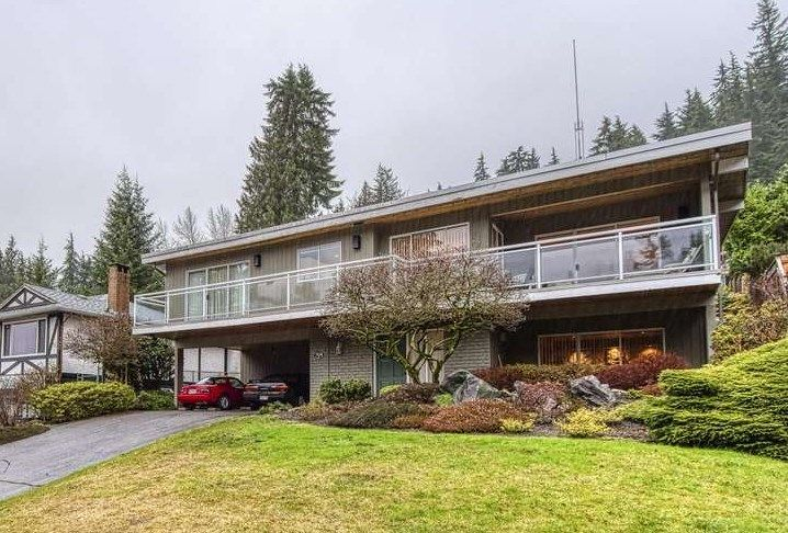 Main Photo: 5228 RANGER Avenue in North Vancouver: Canyon Heights NV House for sale : MLS®# R2431308