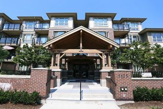 "Photo 1: 405 2175 FRASER Avenue in Port Coquitlam: Glenwood PQ Condo for sale in ""THE RESIDENCES AT SHAUNESSY"" : MLS®# R2010028"