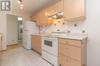 Photo 12: 13 1144 Verdier Ave in Central Saanich: House for sale : MLS®# 887829