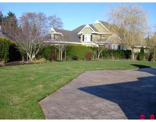 "Photo 10: 2313 CHANTRELL PARK Drive in Surrey: Elgin Chantrell House for sale in ""CHANTRELL PARK"" (South Surrey White Rock)  : MLS®# F2902572"
