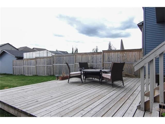Photo 24: Photos: 136 EVERSYDE Boulevard SW in Calgary: Evergreen House for sale : MLS®# C4081553