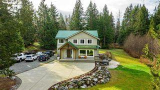 Photo 1: 27002 FERGUSON Avenue in Maple Ridge: Whonnock House for sale : MLS®# R2537467
